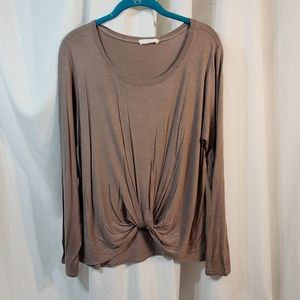 Charlotte Russe Taupe L XL smooth knit widebody cr